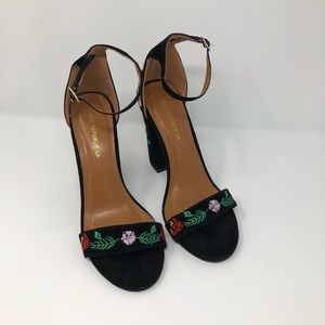 Shoe Republic, 8, Black Floral Embroidered Sandal